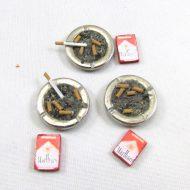 Cigarette ashtray-min