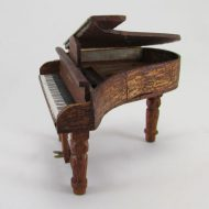 24-jp-piano