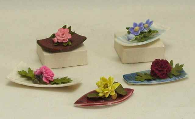 Oriental Flower Arrangements Dolls House Miniatures