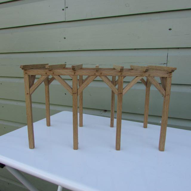 3823 Arbor Oak: Karon Cunningham Miniatures » Oak Trellis Arbor